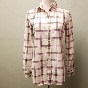 Banana Republic dillon button down shirt (Q12)